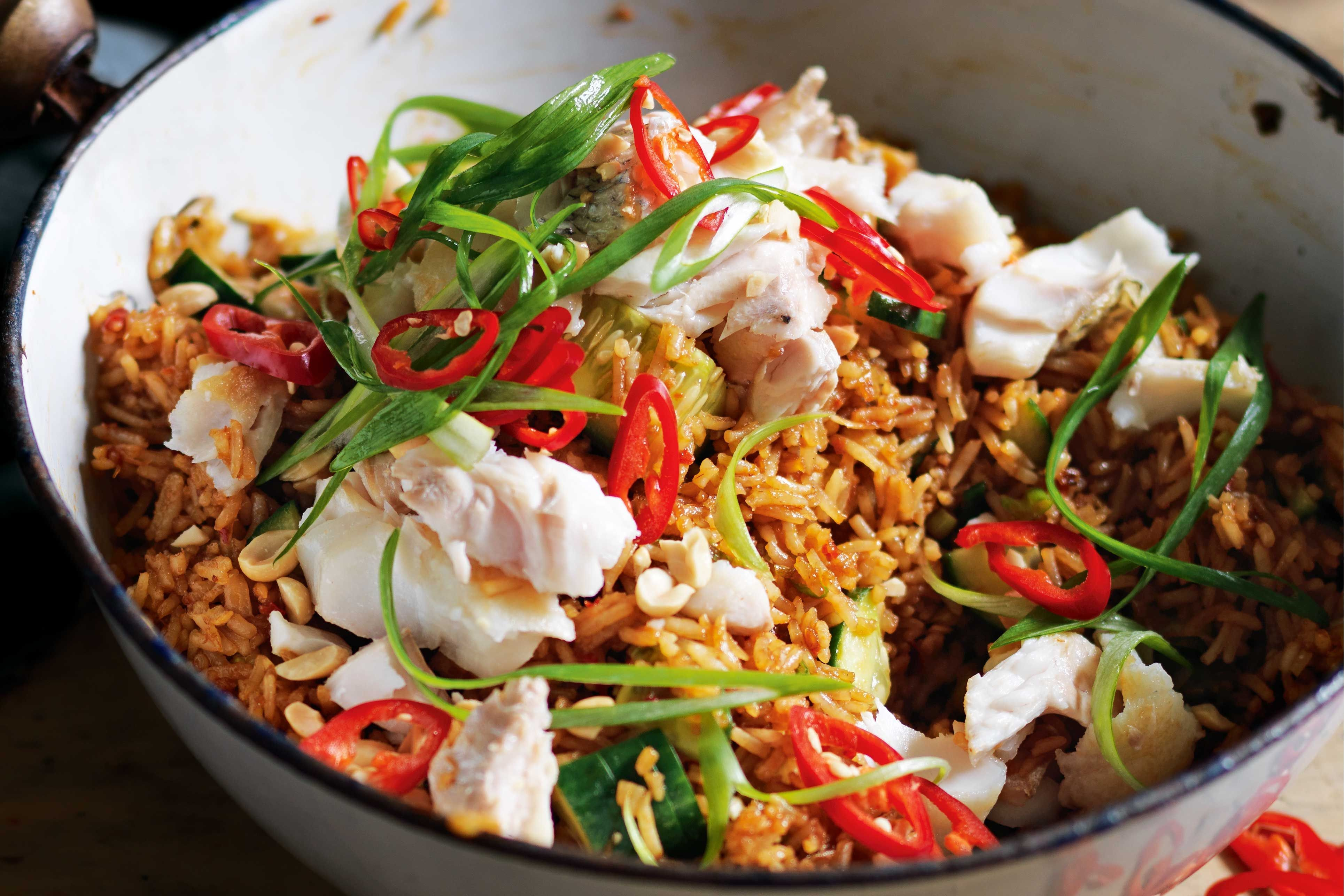 nasi-goreng-with-flaked-snapper-95700-1