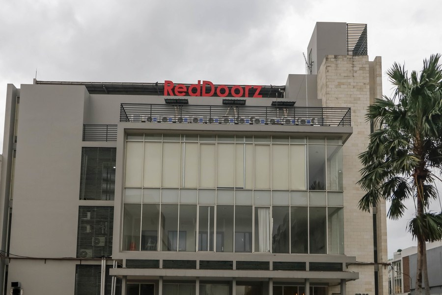 RedDoorz plus @ Kapuk Business park - 1
