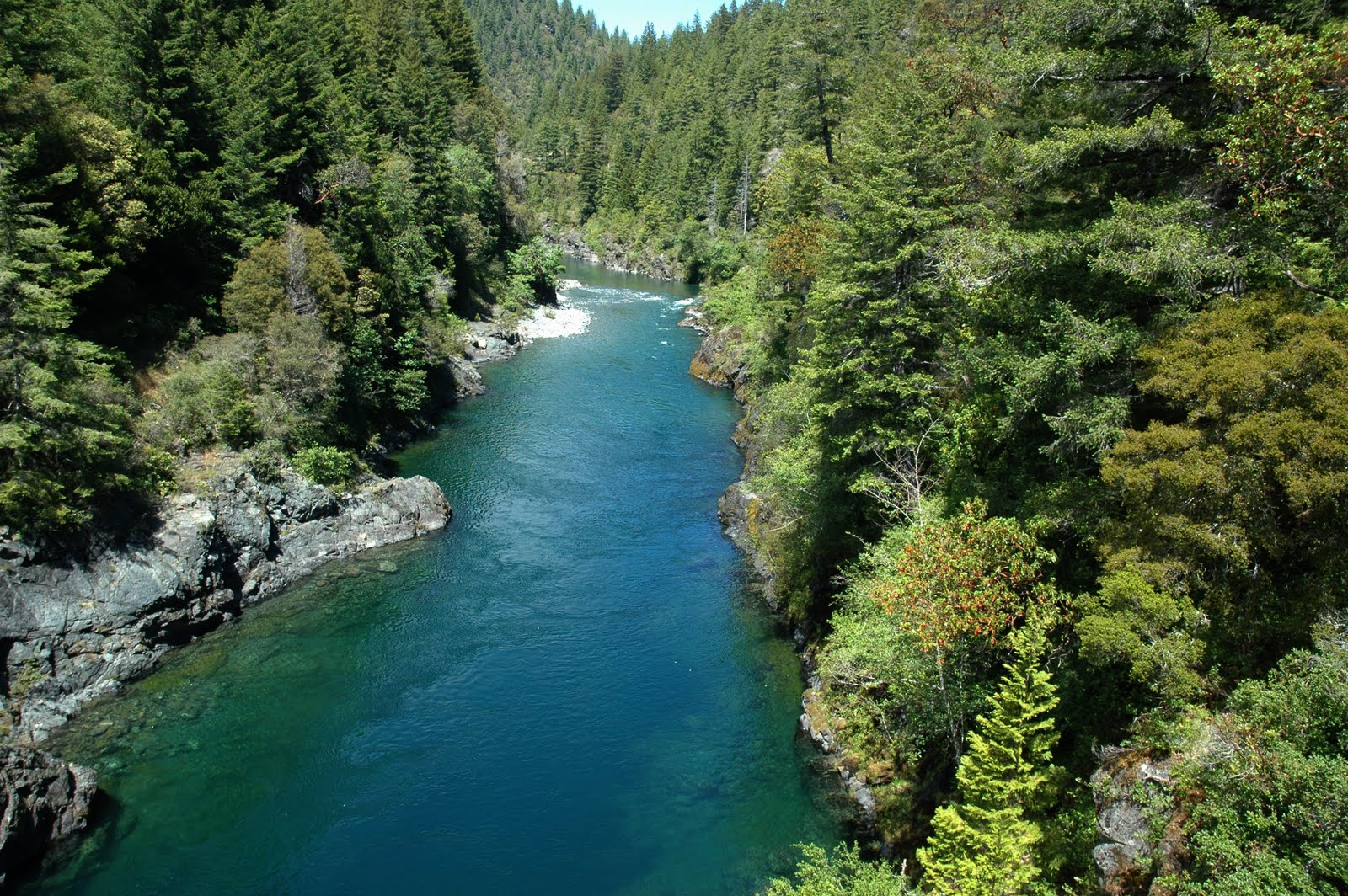 Smith River, salah satu lokasi shooting film Bird Box